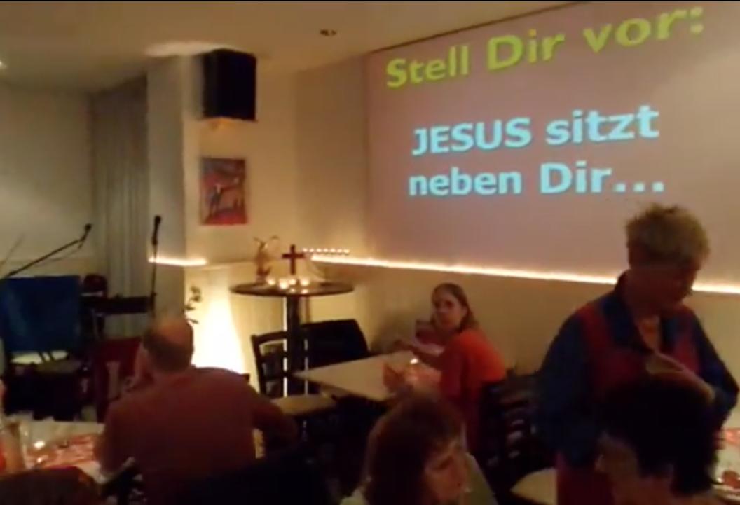 Jesus_sitzt_neben_Dir1